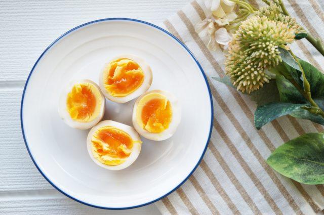 ゆで卵の賞味期限は何日?保存方法と長持ちさせるコツ、活用法を解説!