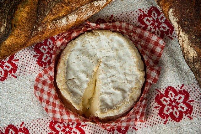 ピザ用チーズにカビが生えたら…食べても大丈夫?防ぐ方法はある?